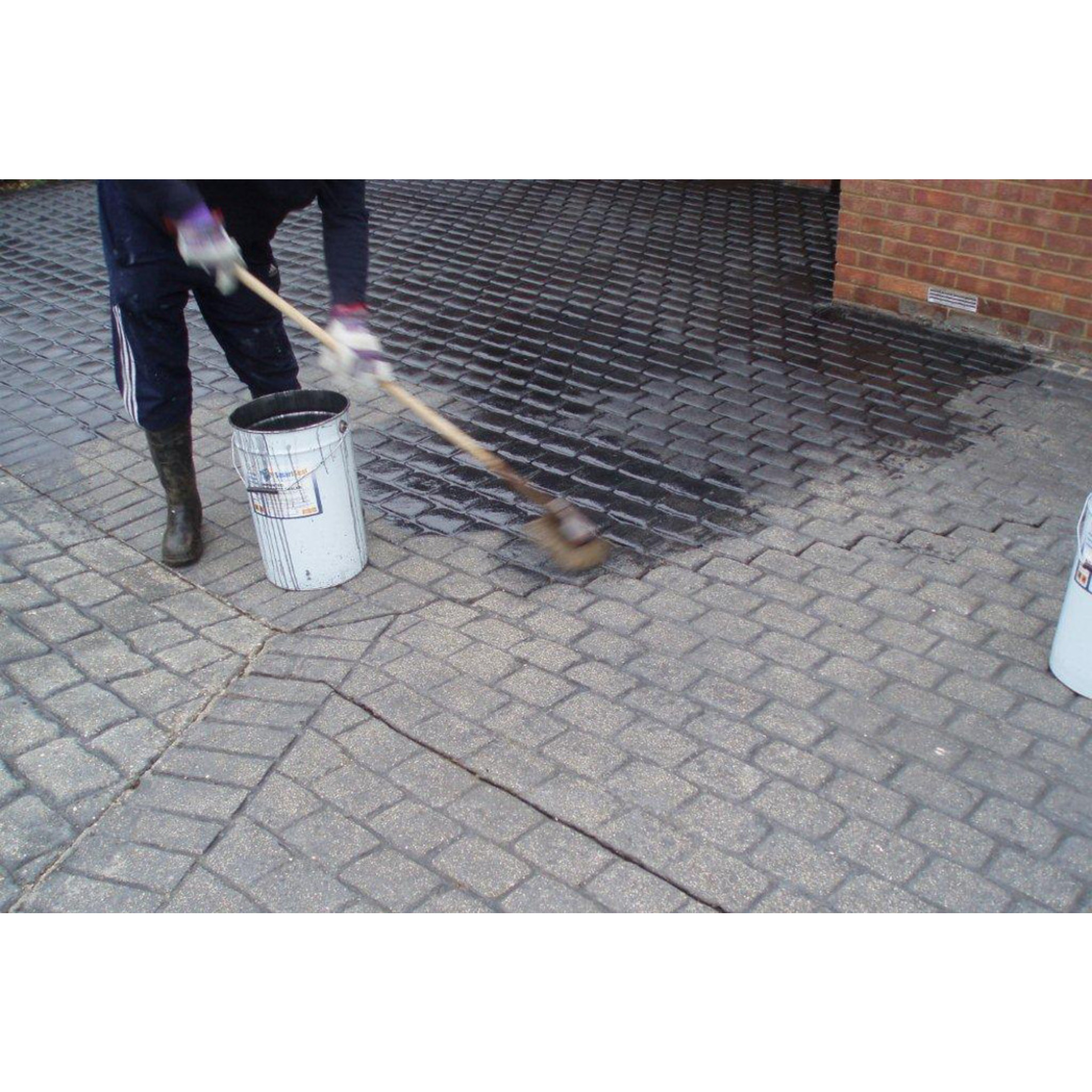 Satin Finish Cement : Imprinted concrete sealer matt patterned