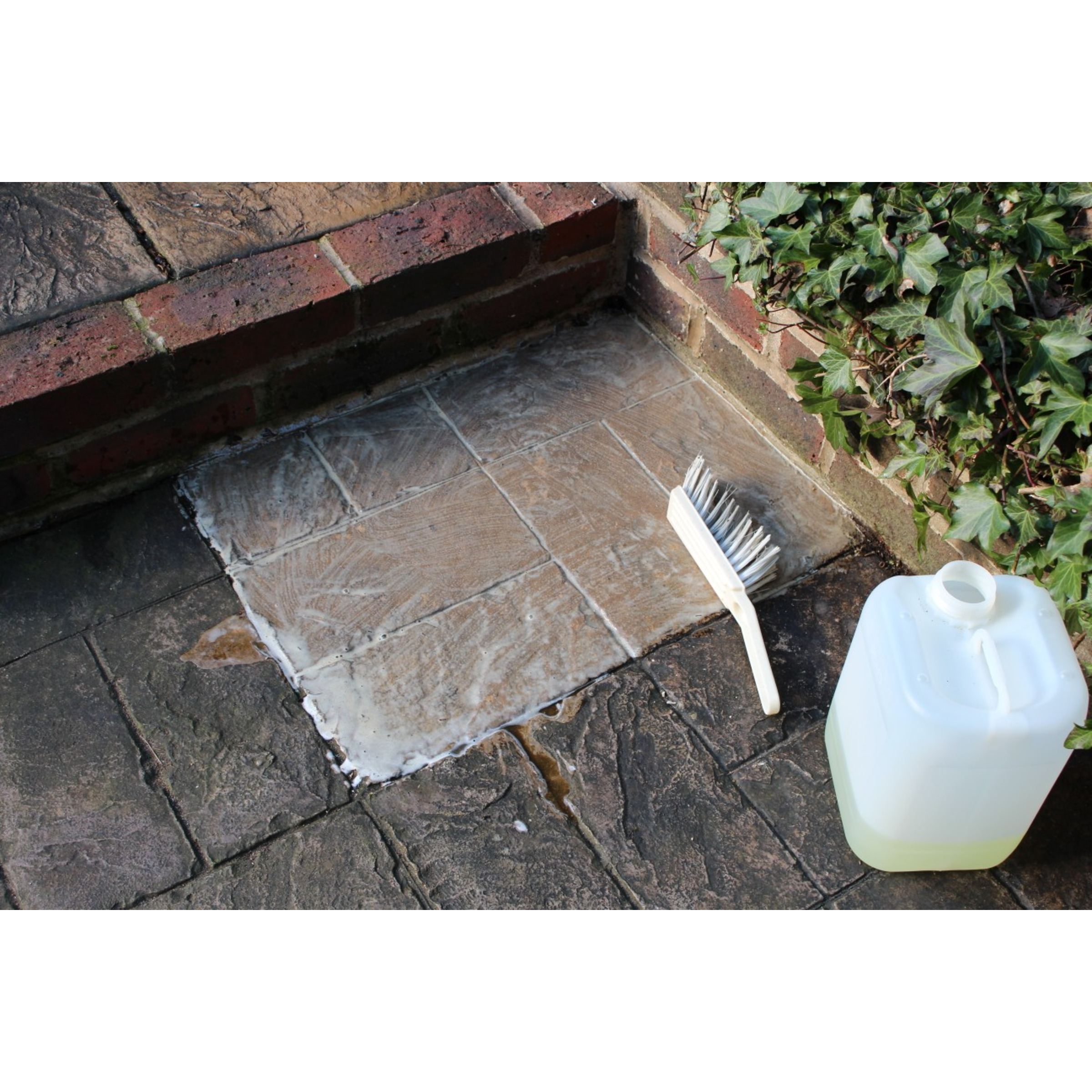 Patio Clean Xtreme - Powerful All Purpose Patio Cleaner - Sandstone Patio Cleaner Concrete Patio Cleaner Brick Patio