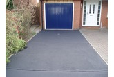 Tarmac Restorer - BLACK (Sample, 5 & 20 L) High quality Tarmac sealer replaces lost resin & colour; easy to apply
